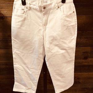 Dress barn white jean capris size 10 NWOT